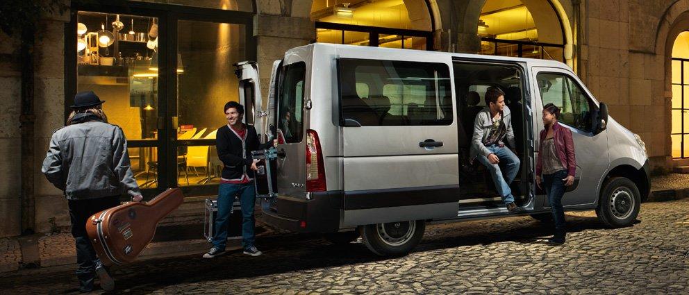 Opel_Movano_Combi_992x425_mo115_e01_403.jpg