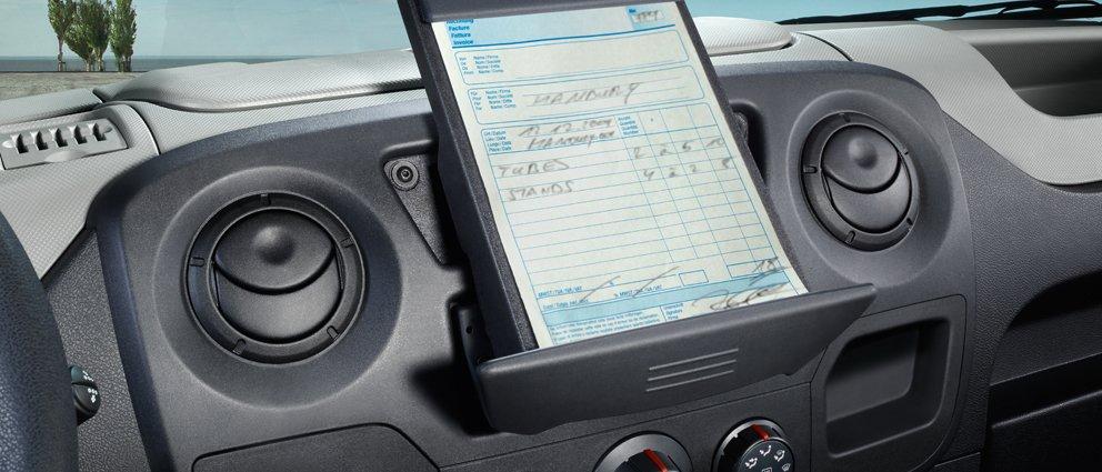 Opel_Movano_Interior_View_992x425_mo13_i02_633.jpg