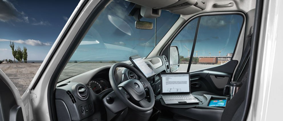 Opel_Movano_Interior_View_992x425_mo13_i04_621.jpg