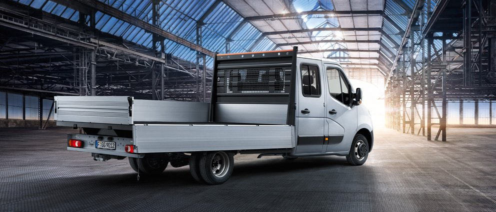 Opel_Movano_Drop_Side_Exterior_View_992x425_cvra13_e01_067.jpg