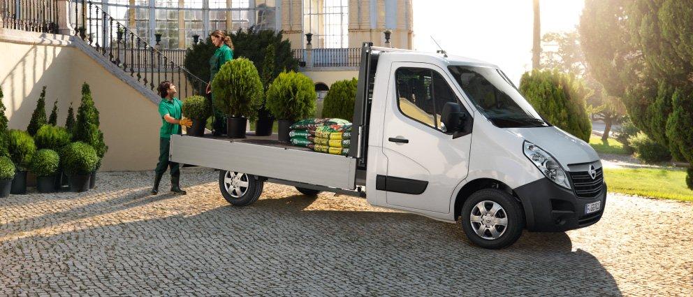 Opel_Movano_Exterior_View_992x425_mo15_e02_751.jpg