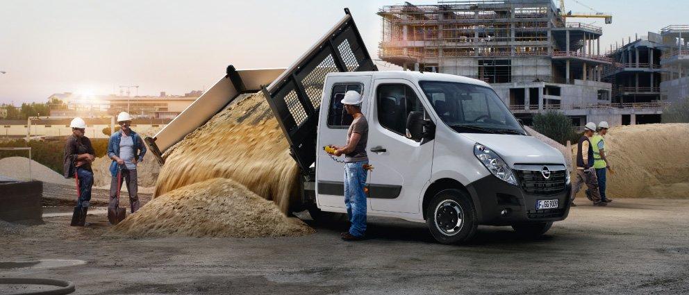 Opel_Movano_Exterior_View_992x425_mo15_e03_753.jpg