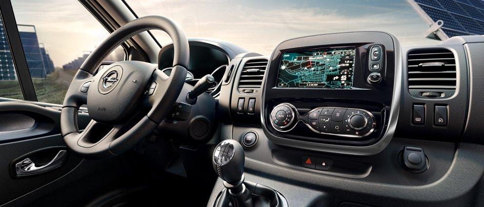 Opel_Vivaro_Comfort_Versatility_co-drivers_side_992x425_vi15_i01_692.jpg