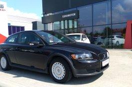 Volvo C30                     Kinetic                      hatchback