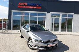 Volkswagen Passat                     SEDAN TRENDLINE                      sedan